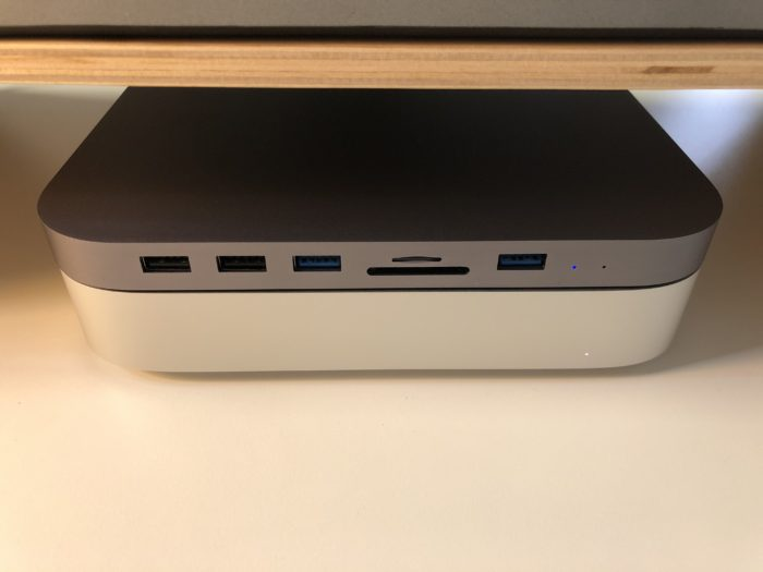 Dock HAGiBiS je vyrobený na míru k Mac mini